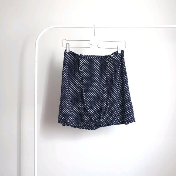 💮2/$10 Forever 21 Polka Dot Skirt